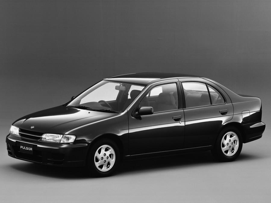 Nissan Pulsar седан, 1995–1997, N15 - отзывы, фото и характеристики на Car.ru