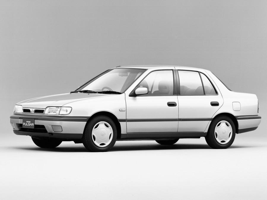 Nissan Pulsar седан, 1990–1995, N14 - отзывы, фото и характеристики на Car.ru