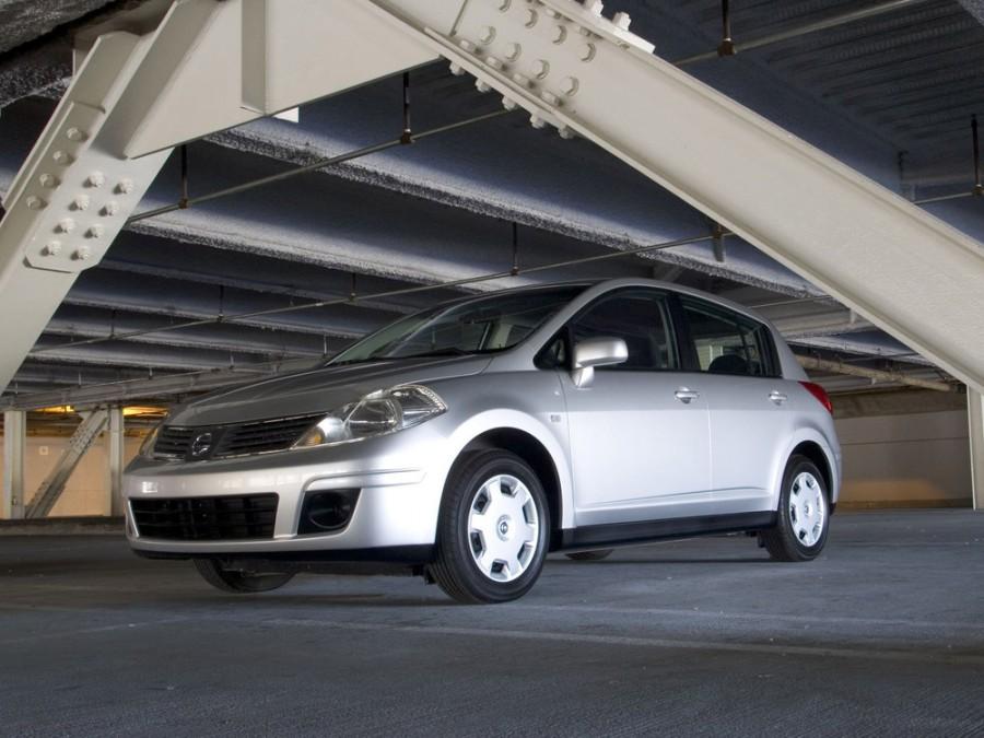 Nissan Versa хетчбэк, 2006–2009, 1 поколение - отзывы, фото и характеристики на Car.ru