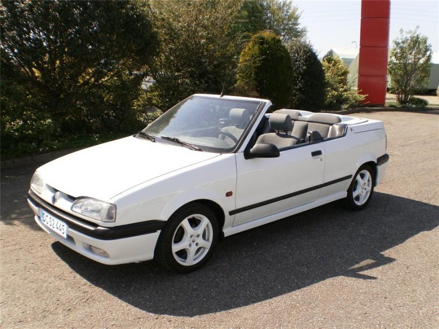 Renault 19 кабриолет, 1992–2000, 2 поколение - отзывы, фото и характеристики на Car.ru