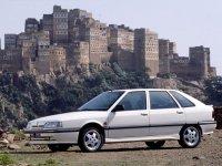 Renault 21, 1 поколение [рестайлинг], Хетчбэк, 1989–1995