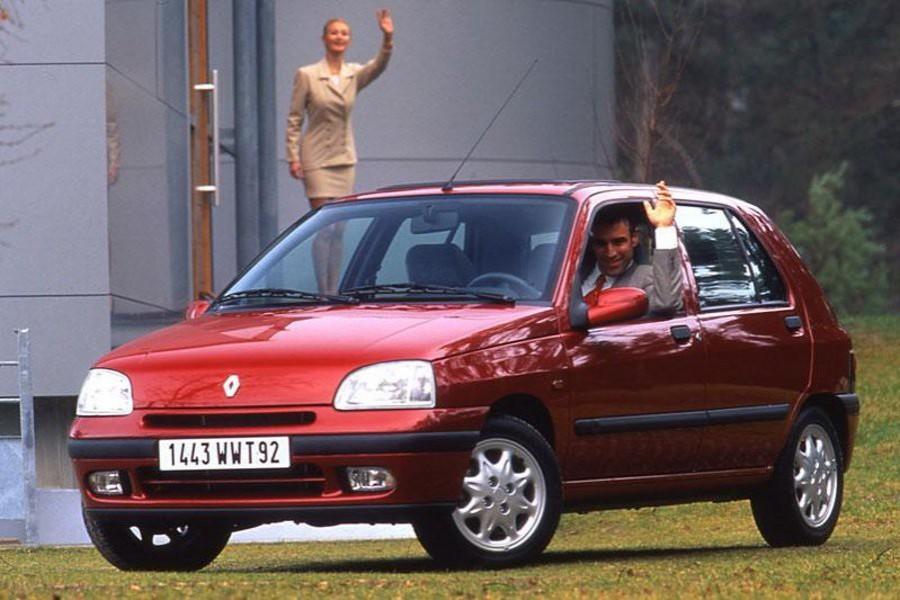 Renault Clio хетчбэк 5-дв., 1996–1998, 1 поколение [рестайлинг] - отзывы, фото и характеристики на Car.ru