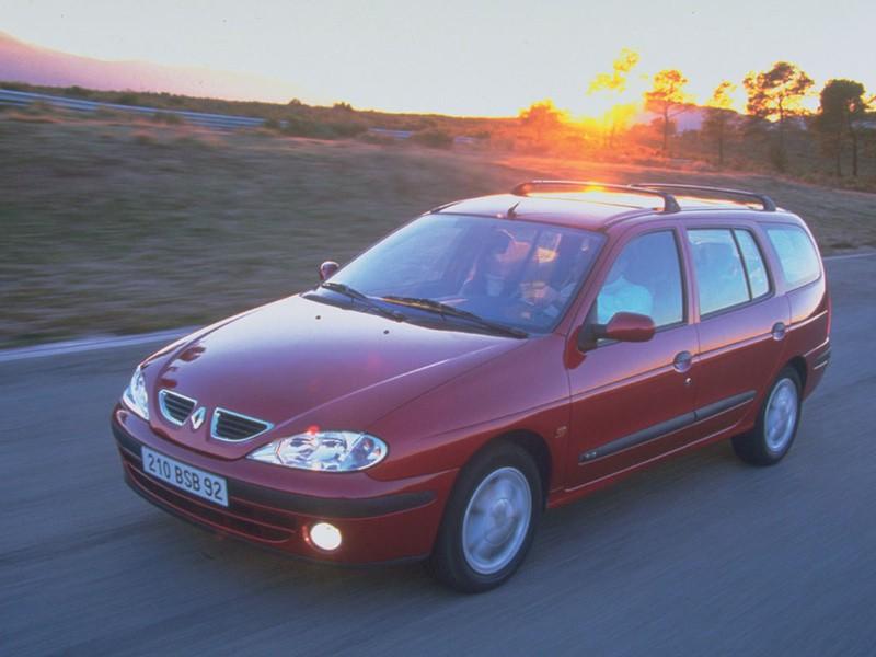 Renault Megane универсал, 1999–2010, 1 поколение [рестайлинг] - отзывы, фото и характеристики на Car.ru