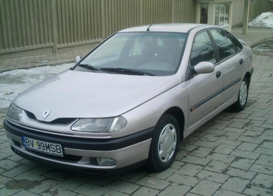 Renault Laguna хетчбэк, 1993–1998, 1 поколение - отзывы, фото и характеристики на Car.ru