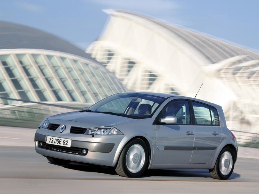 Renault Megane хетчбэк 5-дв., 2002–2006, 2 поколение - отзывы, фото и характеристики на Car.ru