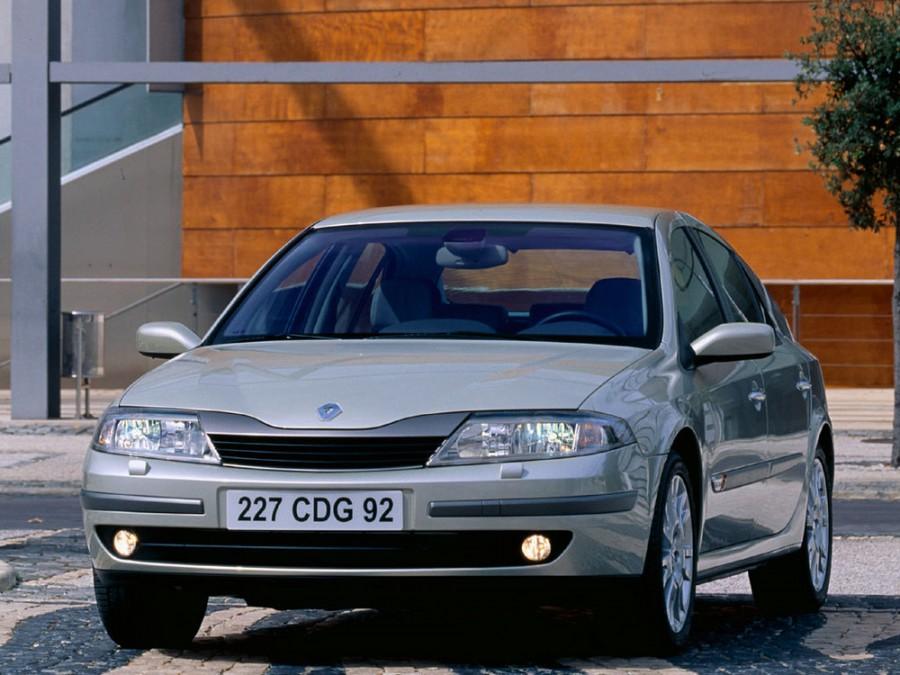 Renault Laguna хетчбэк, 2001–2005, 2 поколение - отзывы, фото и характеристики на Car.ru