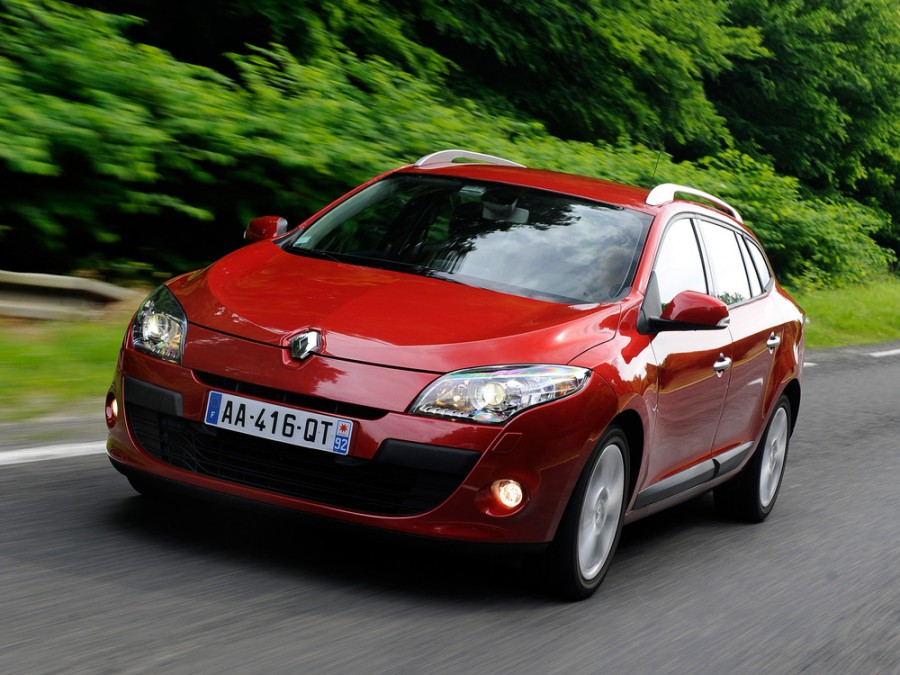 Renault Megane универсал 5-дв., 2008–2016, 3 поколение - отзывы, фото и характеристики на Car.ru