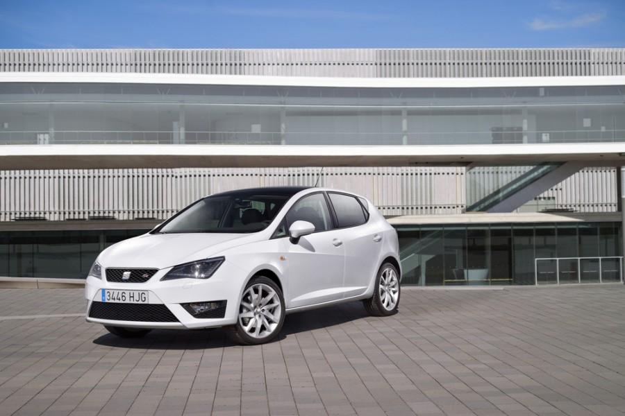 Seat Ibiza FR хетчбэк 5-дв., 2008–2014, 4 поколение [рестайлинг] - отзывы, фото и характеристики на Car.ru