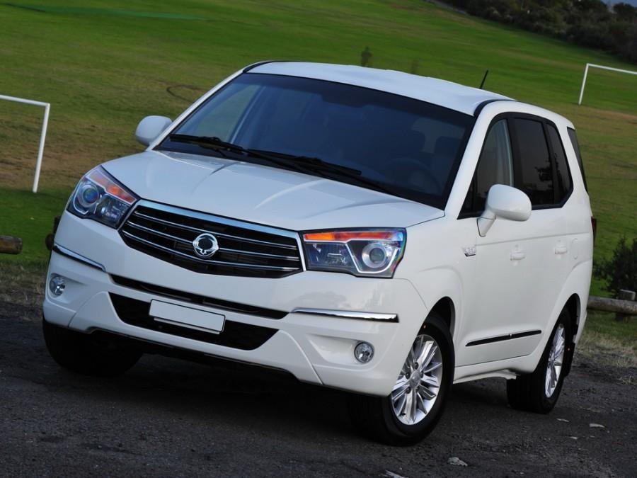 Ssangyong Stavic минивэн, 2013–2015, 1 поколение [2-й рестайлинг] - отзывы, фото и характеристики на Car.ru