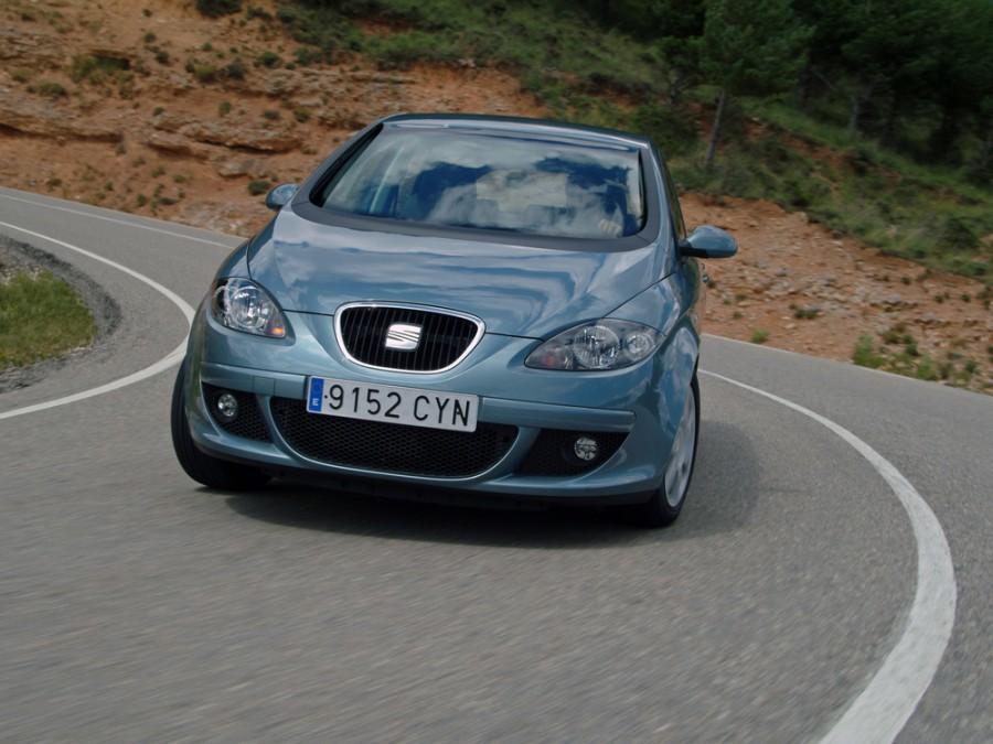 Seat Toledo хетчбэк, 2004–2014, 3 поколение - отзывы, фото и характеристики на Car.ru
