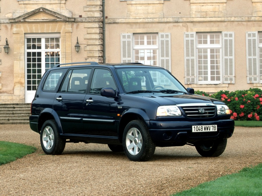 Suzuki XL7 кроссовер, 2001–2006, 1 поколение - отзывы, фото и характеристики на Car.ru