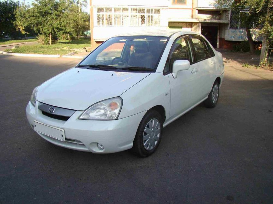 Suzuki Liana седан 4-дв., 2001–2004, 1 поколение - отзывы, фото и характеристики на Car.ru