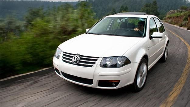 Volkswagen Clasico седан, 2011–2014, 1 поколение - отзывы, фото и характеристики на Car.ru