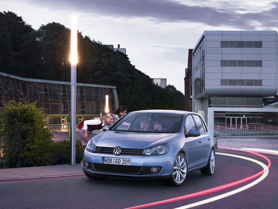 Volkswagen Golf хетчбэк 5-дв., 2009–2014, 6 поколение - отзывы, фото и характеристики на Car.ru