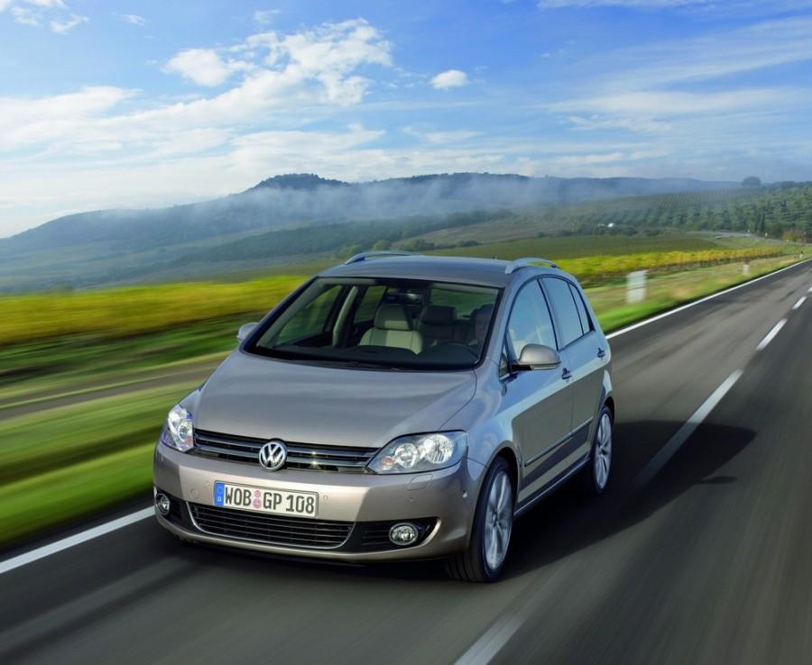 Volkswagen Golf Plus хетчбэк 5-дв., 2009–2014, 6 поколение - отзывы, фото и характеристики на Car.ru