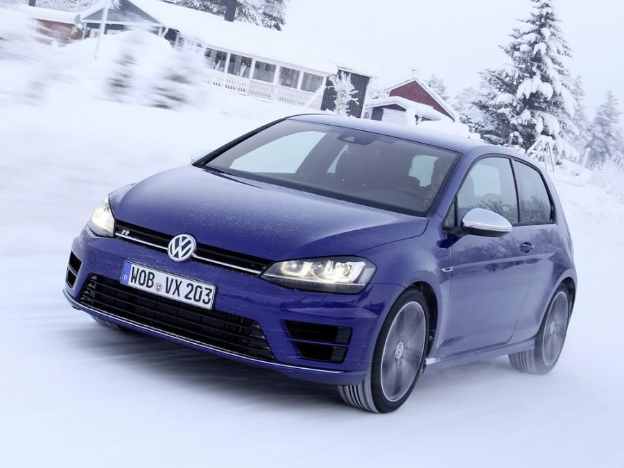 Volkswagen Golf R хетчбэк 3-дв., 2012–2016, 7 поколение - отзывы, фото и характеристики на Car.ru