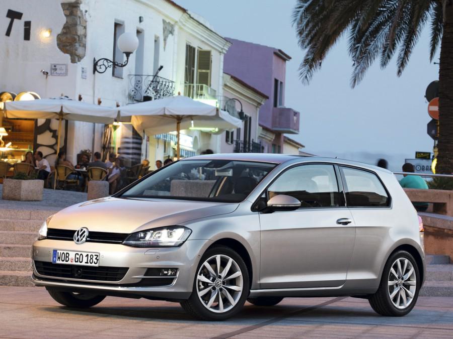 Volkswagen Golf хетчбэк 3-дв., 2012–2016, 7 поколение - отзывы, фото и характеристики на Car.ru