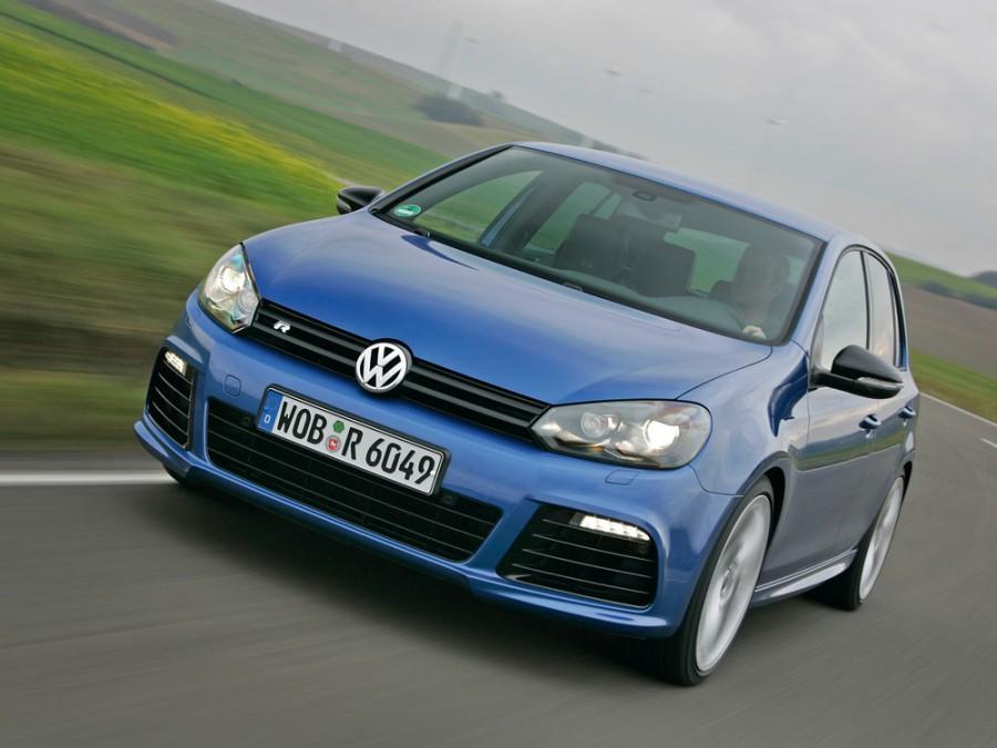 Volkswagen Golf R хетчбэк 5-дв., 2009–2014, 6 поколение - отзывы, фото и характеристики на Car.ru