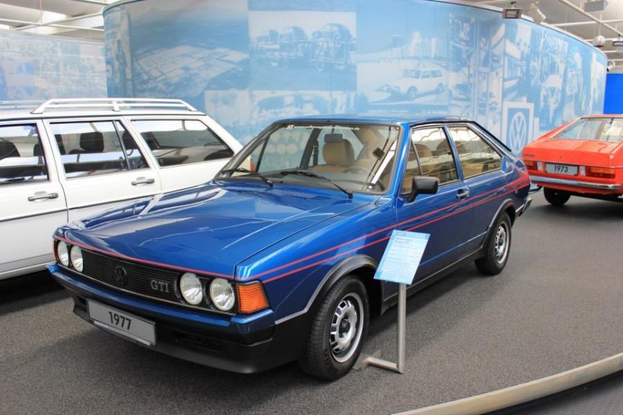 Volkswagen Passat хетчбэк 3-дв., 1977–1981, B1 [рестайлинг] - отзывы, фото и характеристики на Car.ru