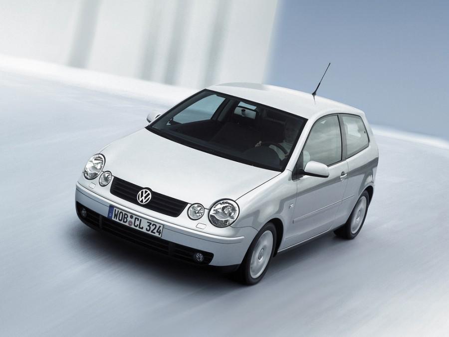 Volkswagen Polo хетчбэк 3-дв., 2001–2005, 4 поколение - отзывы, фото и характеристики на Car.ru