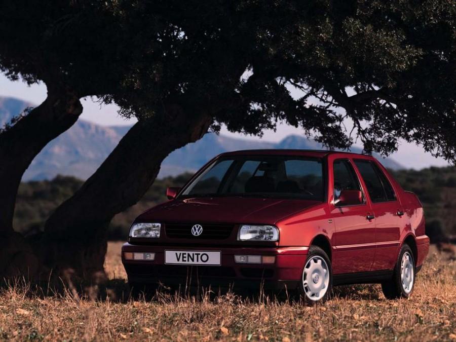 Volkswagen Vento седан, 1992–1998, 1 поколение - отзывы, фото и характеристики на Car.ru