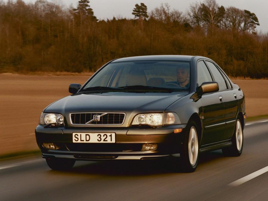 Volvo S40 седан, 2000–2004, 1 поколение [рестайлинг] - отзывы, фото и характеристики на Car.ru