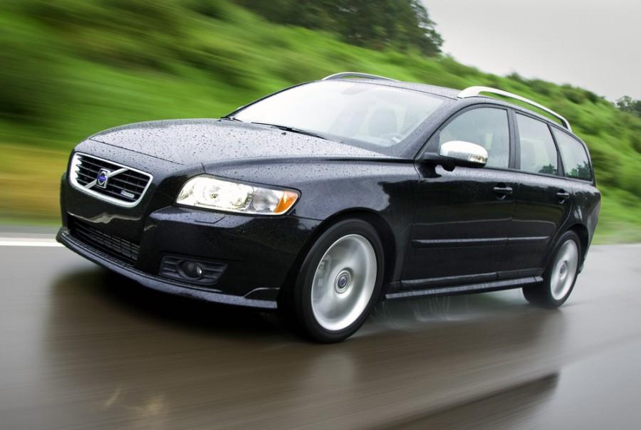 Volvo V50 универсал, 2003–2016, 1 поколение - отзывы, фото и характеристики на Car.ru