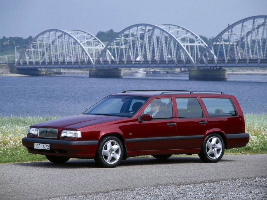 Volvo 850 универсал, 1994–1997, 1 поколение [рестайлинг] - отзывы, фото и характеристики на Car.ru