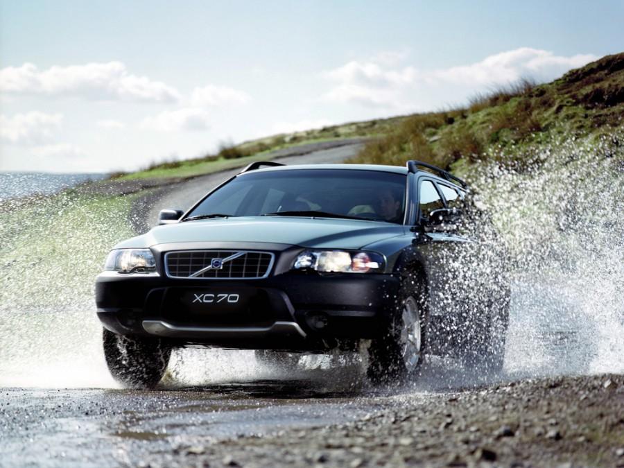 Volvo XC70 универсал, 2000–2005, 2 поколение - отзывы, фото и характеристики на Car.ru