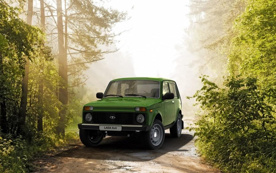 Lada 4x4 21214 внедорожник 3-дв., 2009–2016, 1 поколение [2-й рестайлинг] - отзывы, фото и характеристики на Car.ru