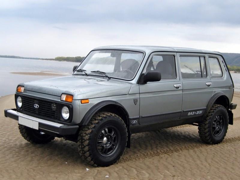 Lada 4x4 2131 внедорожник 5-дв., 2009–2016, 1 поколение [2-й рестайлинг] - отзывы, фото и характеристики на Car.ru