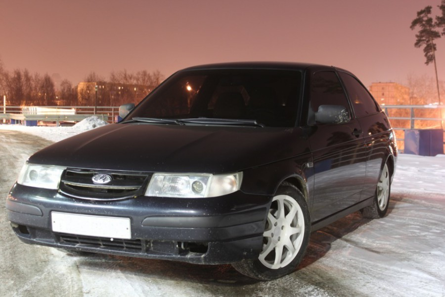 Lada 2112 хетчбэк 3-дв., 1997–2009, 1 поколение - отзывы, фото и характеристики на Car.ru
