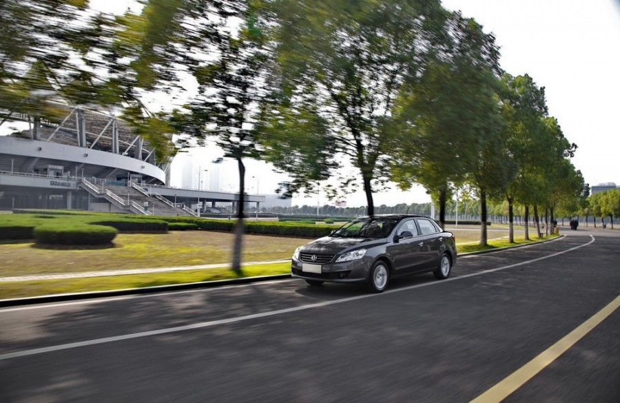 Dongfeng S30 седан, 2009–2016, 1 поколение [рестайлинг] - отзывы, фото и характеристики на Car.ru