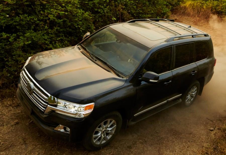 Toyota Land Cruiser внедорожник, 2015–2016, J200 [2-й рестайлинг] - отзывы, фото и характеристики на Car.ru