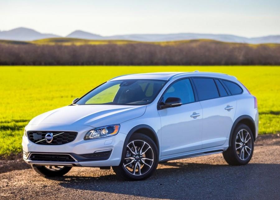 Volvo V60 Cross Country универсал 5-дв., 2013–2016, 1 поколение [рестайлинг] - отзывы, фото и характеристики на Car.ru