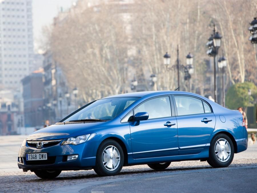 Honda Civic Hybrid седан 4-дв., 2005–2008, 8 поколение - отзывы, фото и характеристики на Car.ru