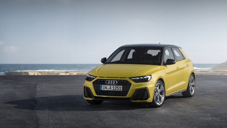 Audi A1 Sportback хетчбэк, 2 поколение - отзывы, фото и характеристики на Car.ru