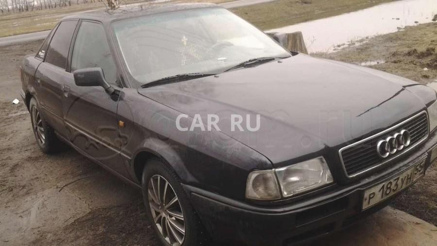 Audi 80, Азово