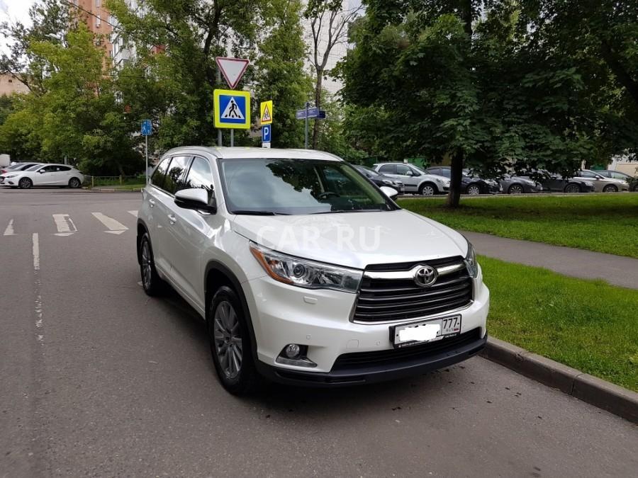Купить тойоту хайлендер в москве в автосалоне как узнать что машина не в залоге при покупке