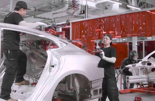 90 секунд на заводе Tesla Factory