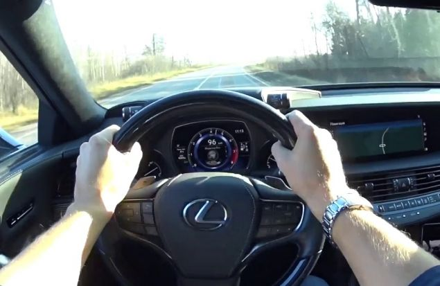 За рулем нового Lexus LS по трассе M11. Присоединяйся