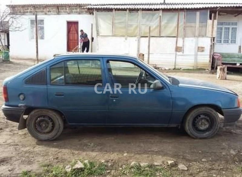 Opel Kadett, Алушта