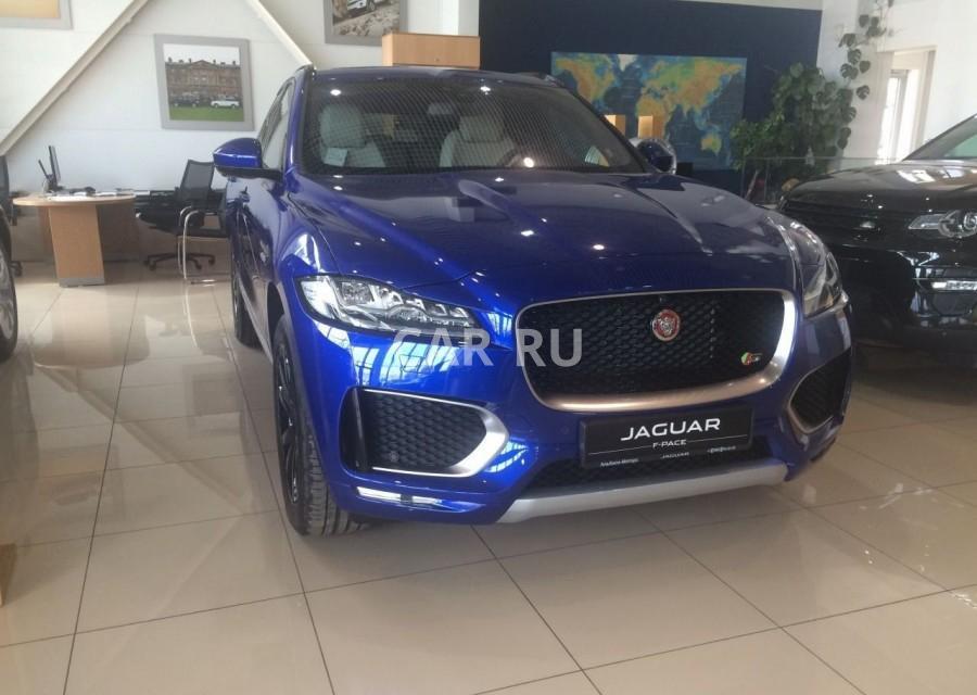 Jaguar F-Pace, Барнаул