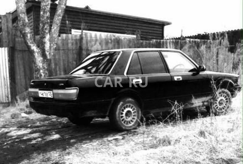 Toyota Crown, Артём