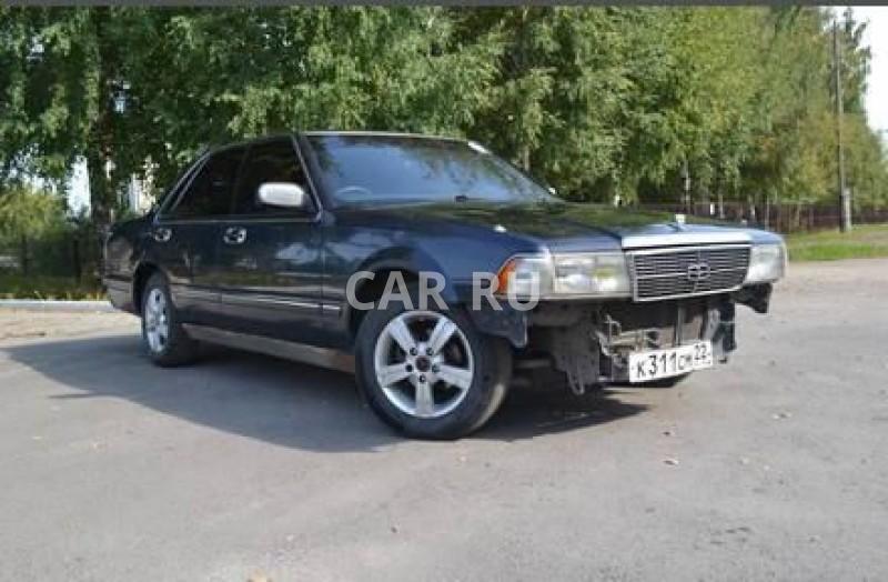 Nissan Gloria, Барнаул