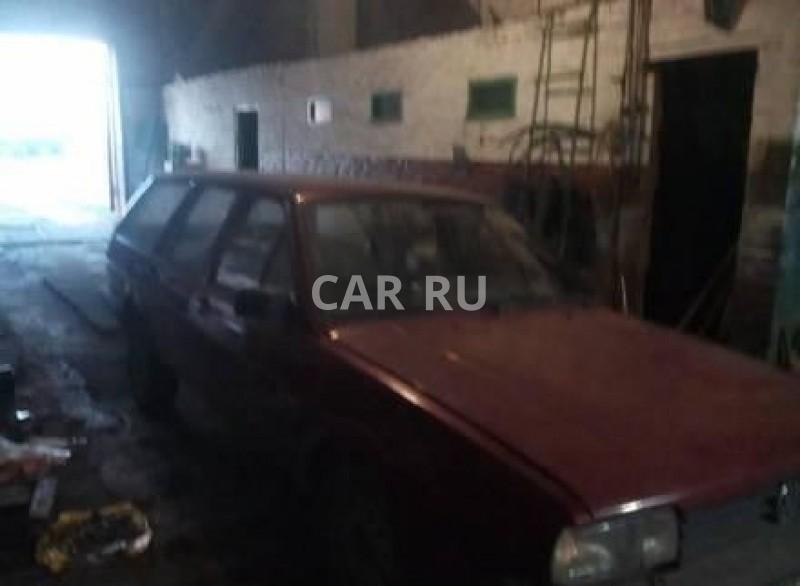 Volkswagen Passat, Азово