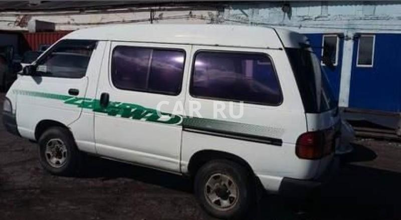 Toyota Town Ace, Артём