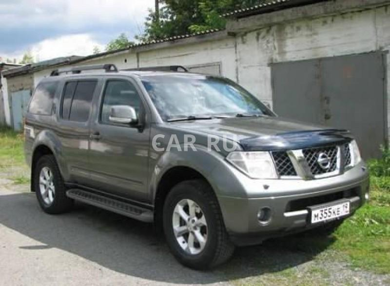 Nissan Pathfinder, Абаза