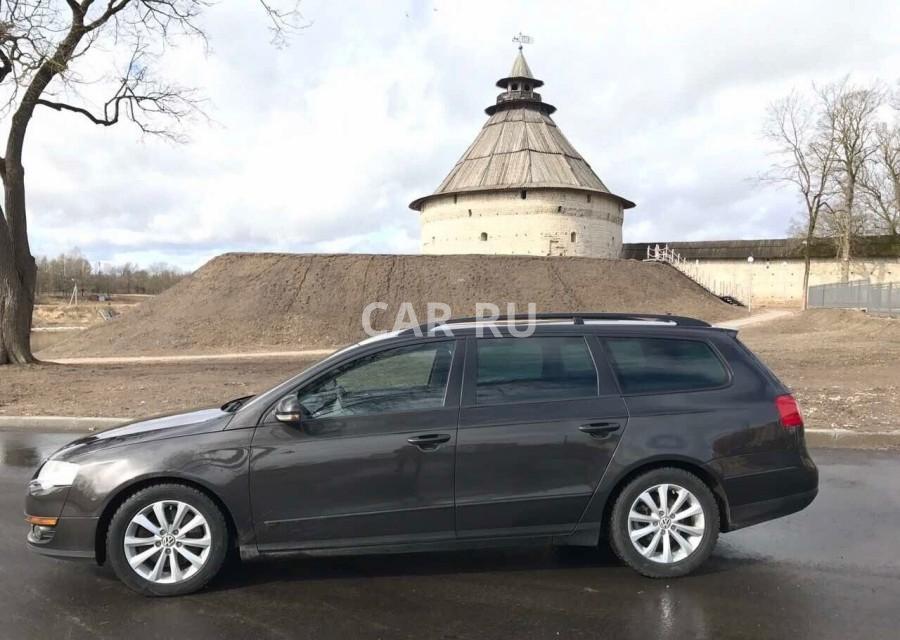 Volkswagen Passat, Псков