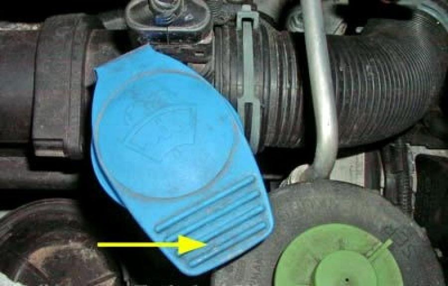Удлинитель бачка обывателя VW Transporter 2.5 TDI